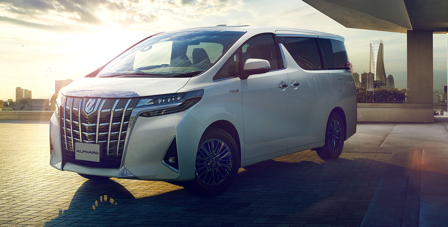 carlineup_alphard_exterior_top_features_01-01